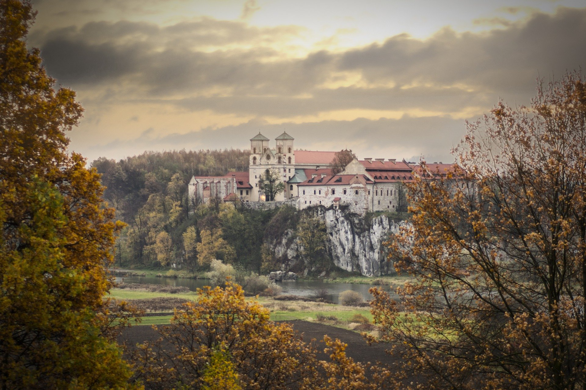 Sharing herbal knowledge in European Monastery's and Abbeys